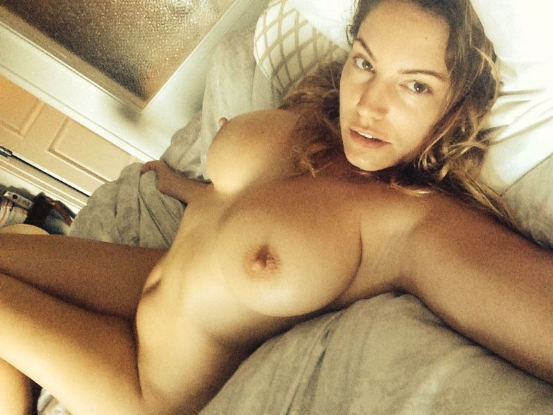 Kelly Brook Nude Leaked Photos Amazing Tits