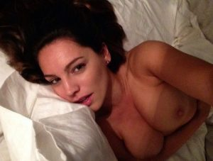 Kelly Brook Nude Leaked Photos Amazing Tits 009