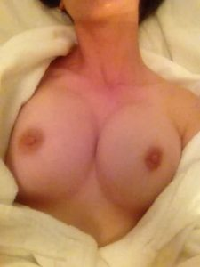 Alison Brie Nude Leaked Photos Fappening 003