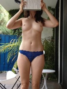 Alison Brie Nude Leaked Photos Fappening 019