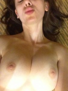 Alison Brie Nude Leaked Photos Fappening 023