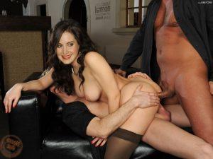 Alison Brie Nude 004