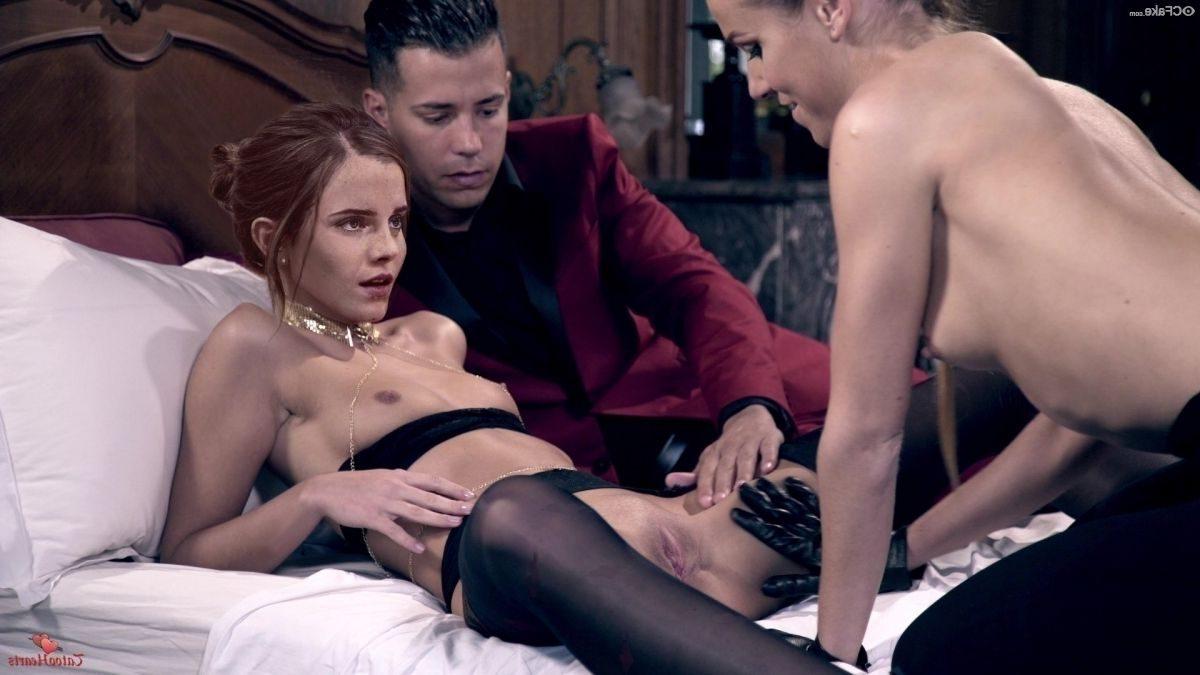 Emma Watson Nude Exotic Photos 013