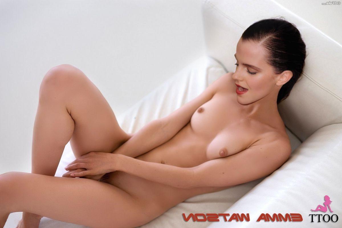 Emma Watson Nude Exotic Photos 020