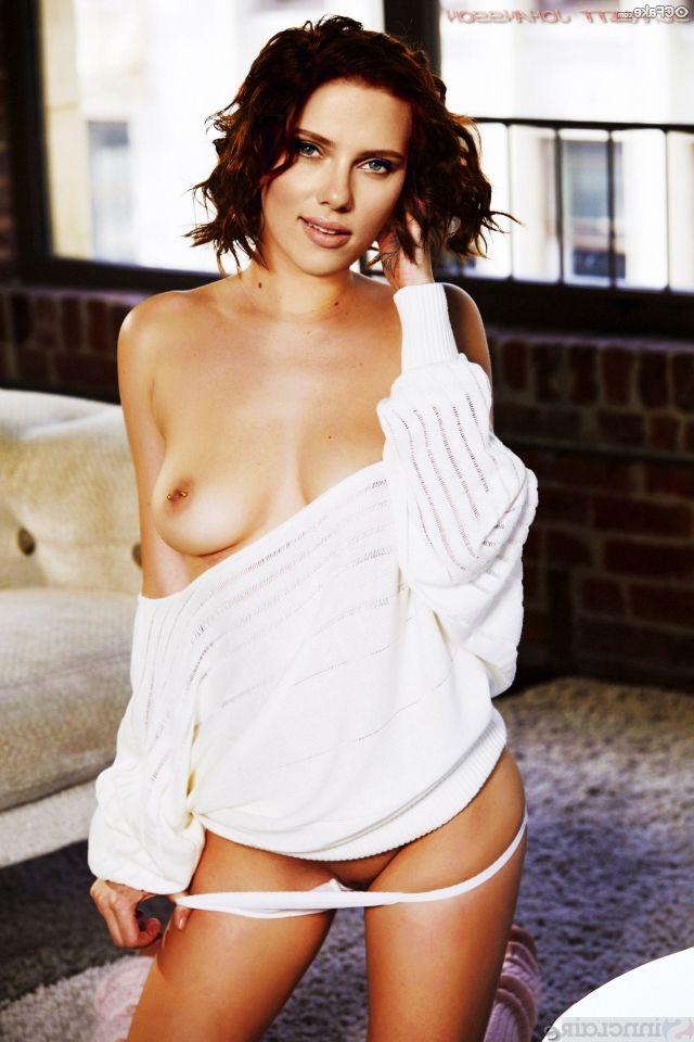 Scarlett Johansson Nude Artistic Quality Photos 010