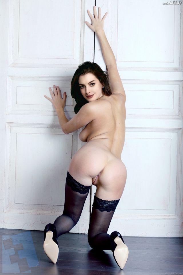 Anne Hathaway Ass (2)