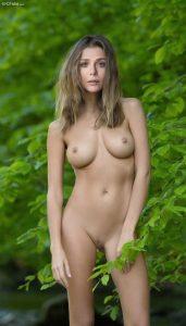 Elizabeth Olsen Nude 002