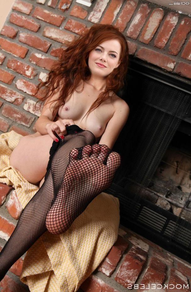 Emma Stone Nude