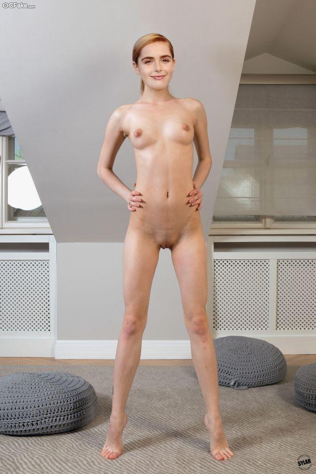Kiernan Shipka Nude 010