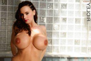 Daisy Ridley Nude 015