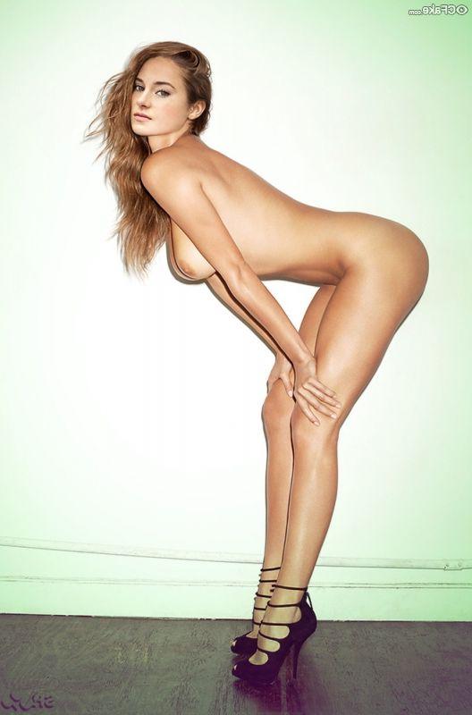 Shailene Woodley Nude 004