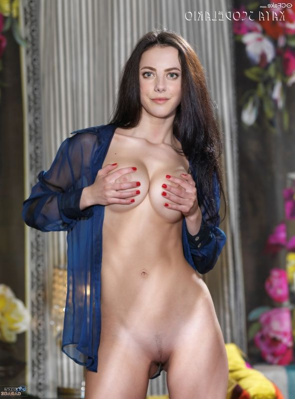 Kaya Scodelario Nude Photos 014