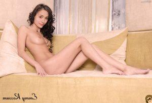 Emmy Rossum Nude 018
