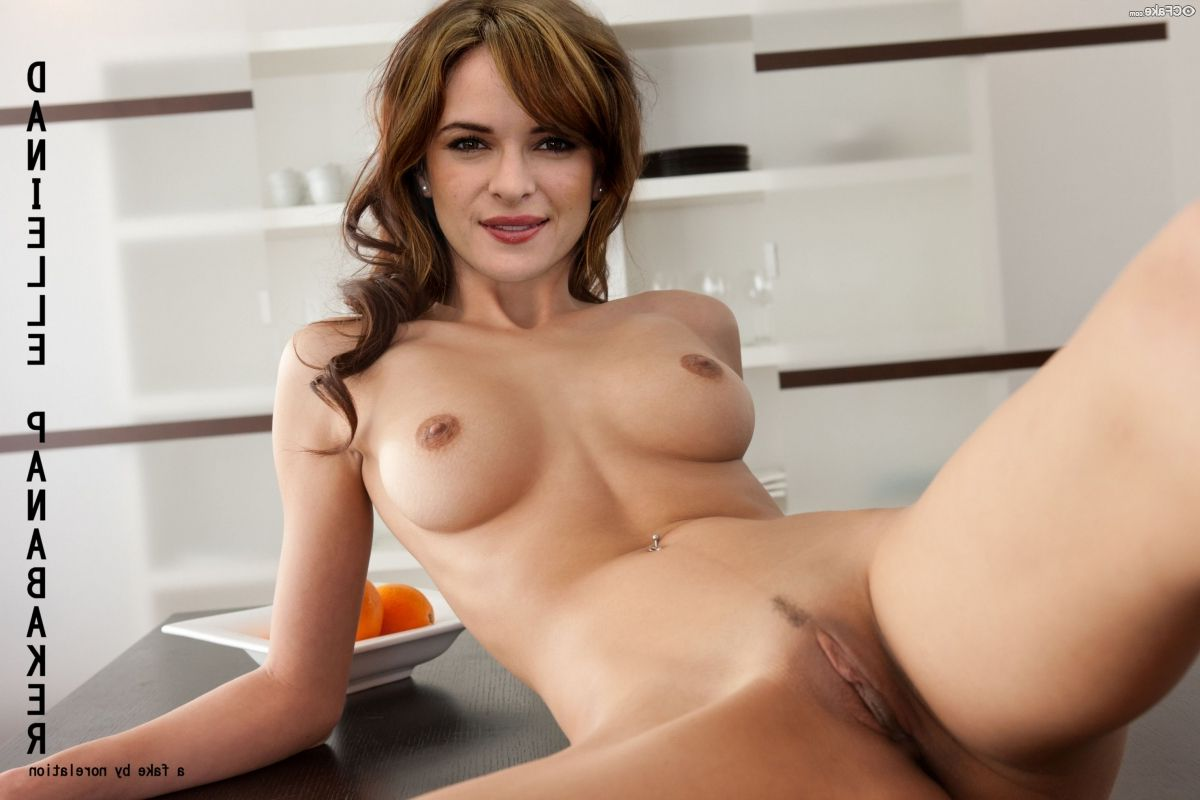 Danielle Panabaker Nude 022