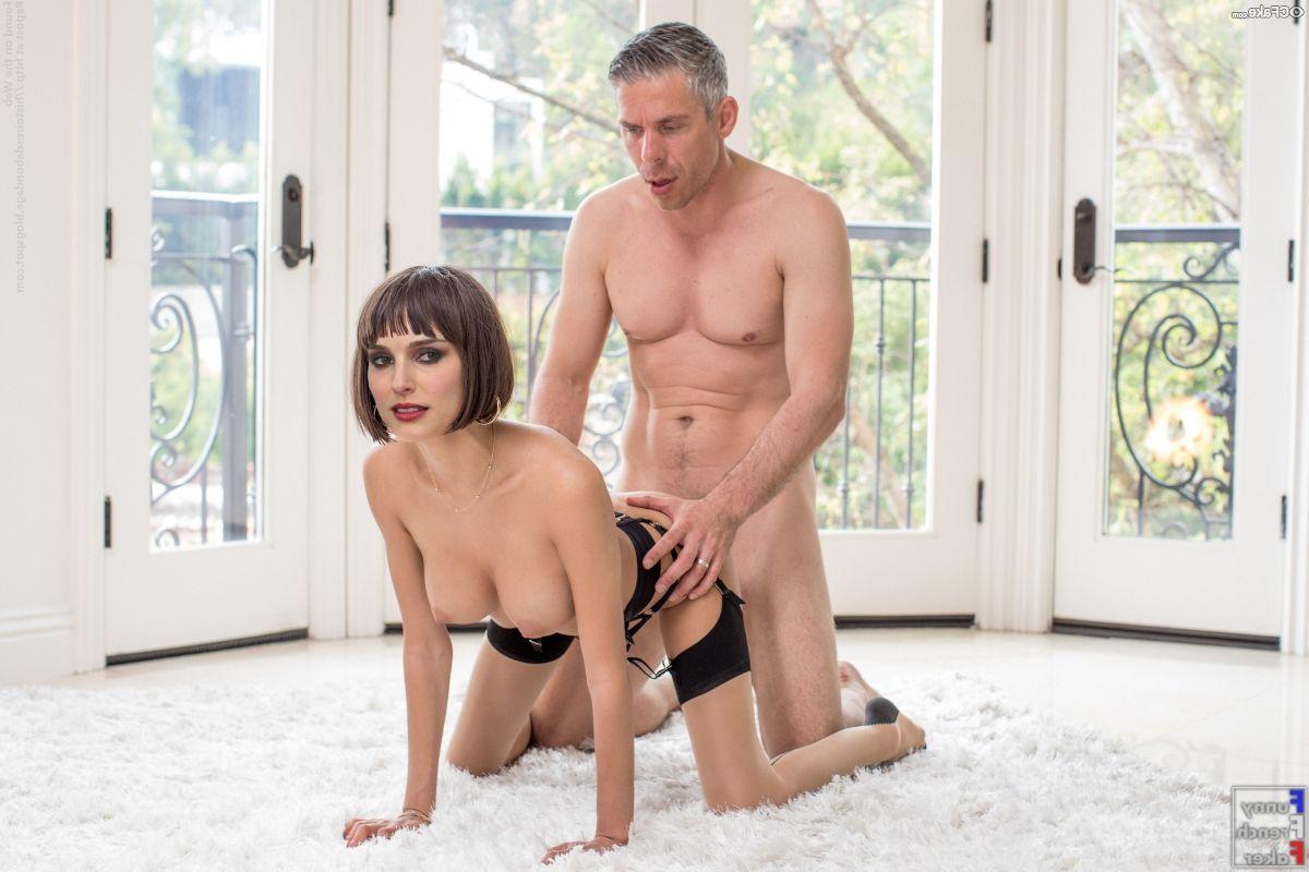 Natalie Portman Nude Pics 018