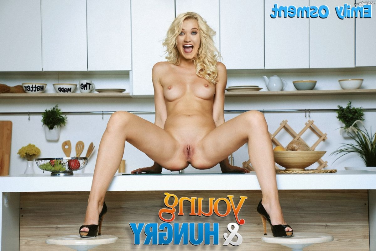 Emily Osment Nude 020