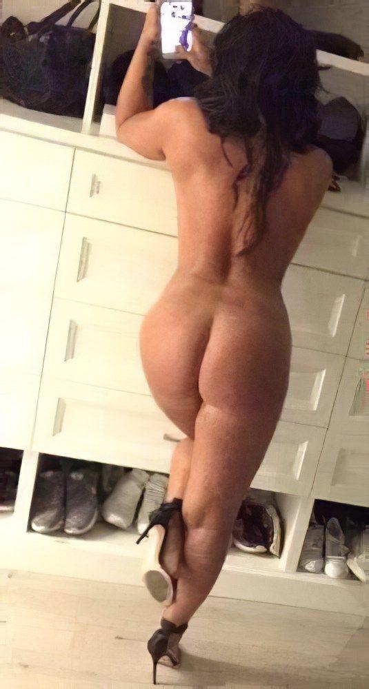 Demi Lovato Nude Selfies 007