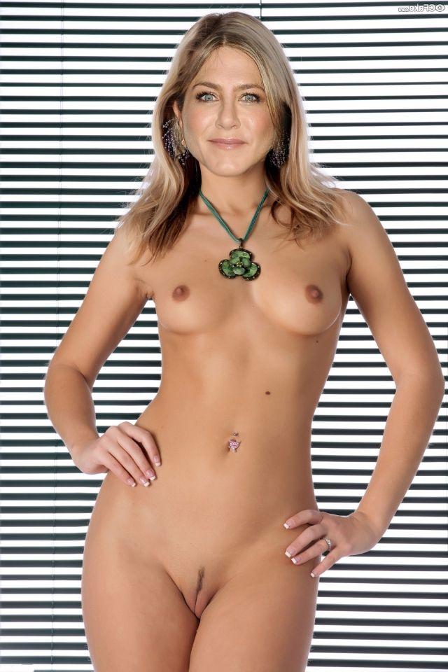 Jennifer Aniston Nude 003