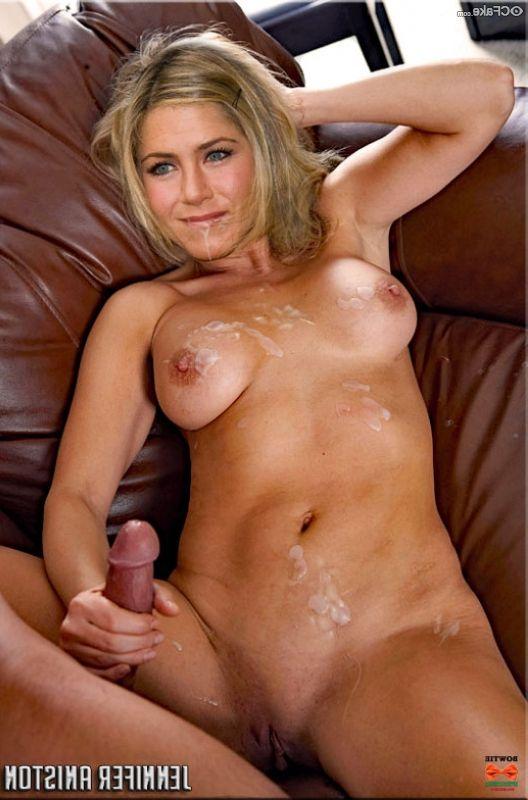 Jennifer Aniston Nude 012
