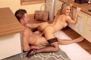 Jennifer Aniston Nude 018