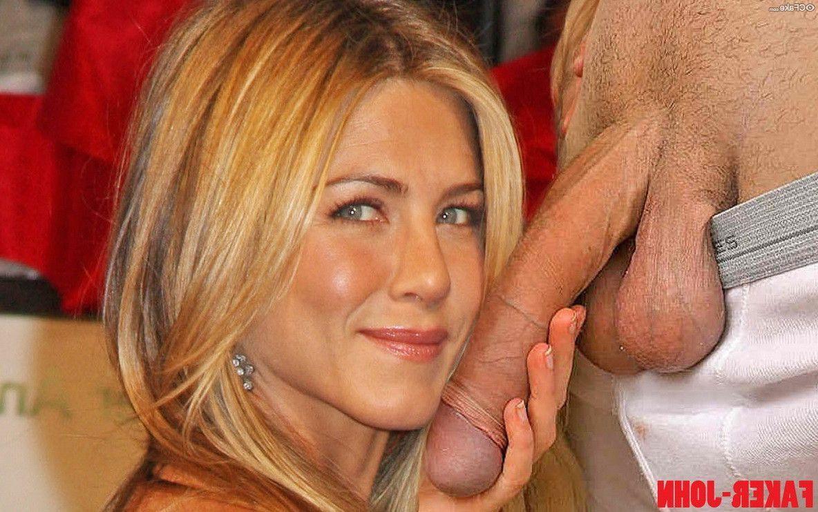 Jennifer Aniston Nude 019