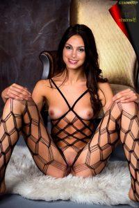 Morena Baccarin Nude 009