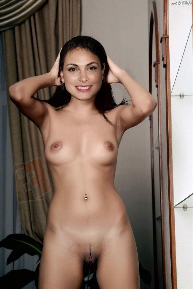 Morena Baccarin Nude 014