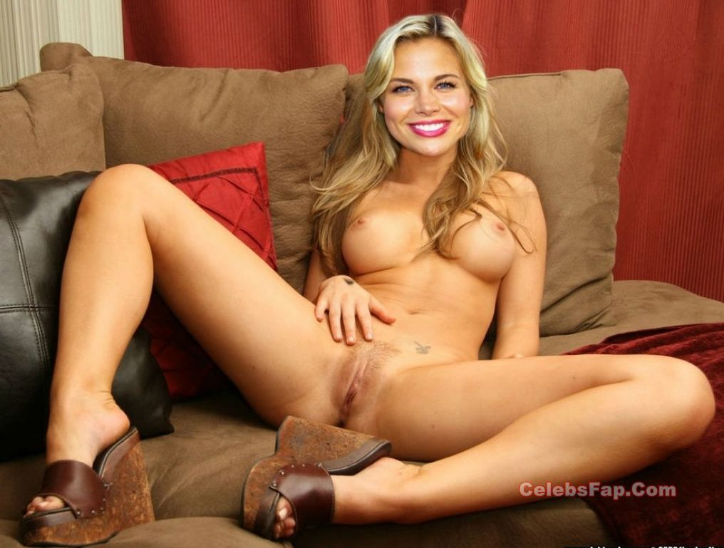 Brooke Burns Nude And Sexy Milf Body Exposed 013