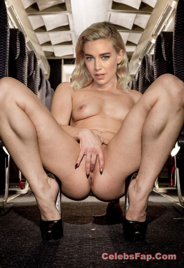 Vanessa Kirby Nude Amazing HD Photos Collection