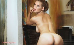 Vanessa Kirby Nude Amazing HD Photos Collection 011