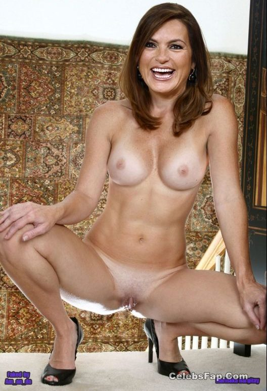 Mariska Hargitay Nude And XXX Photos Collection 002