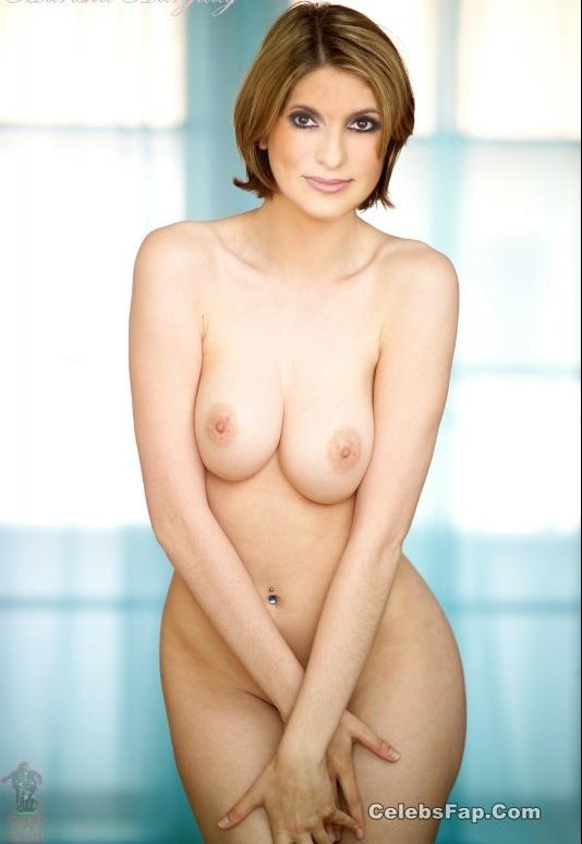 Mariska Hargitay Nude And XXX Photos Collection 004
