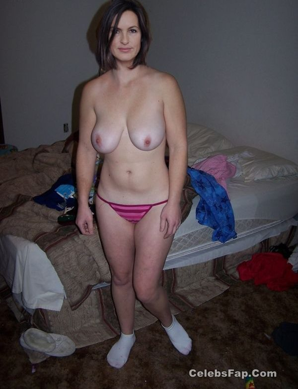 Mariska Hargitay Nude And XXX Photos Collection 014